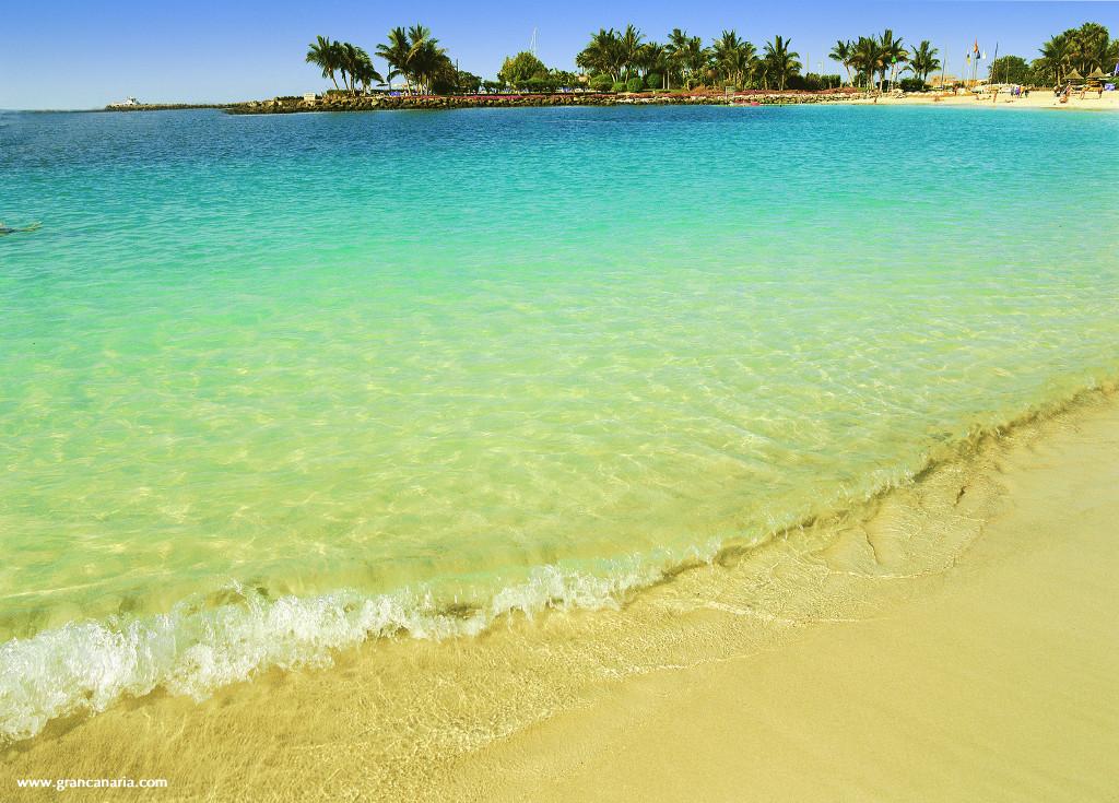 Anfi-strand-gran-canaria-kanári-szigetek-viasale-travel-2