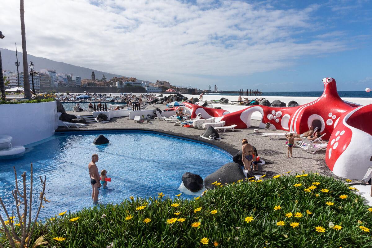 El-Lago-Martianez-kortárs-művészeti-központ-Európa-második-legjobb-viziparkja-Kanári-szigetek-ViaSale-Travel-3