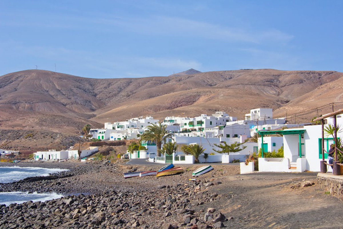 Playa-Quemada-lanzarote-5-titkos-hely-Kanári-szigetek-viasale-travel-2