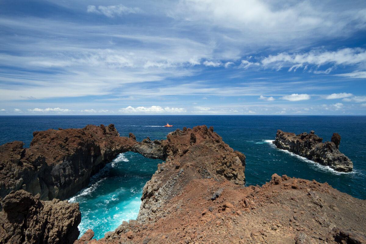Kanári-szigetek-nyaralás-vulkánok-túra-el-hiero-viasale-travel-3