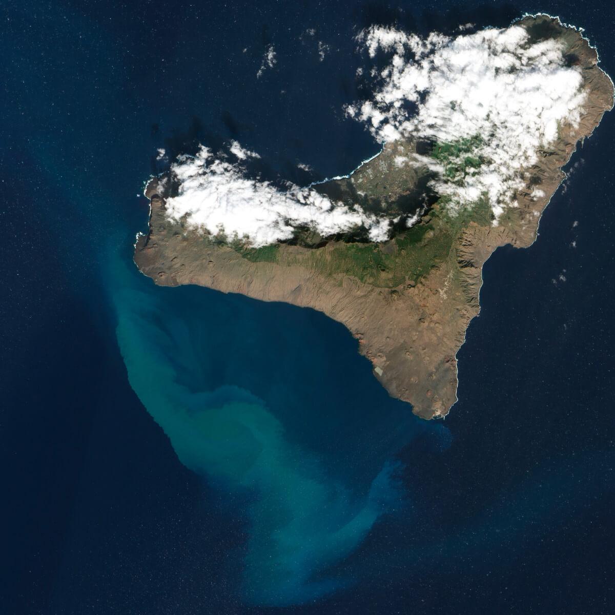Kanári-szigetek-nyaralás-vulkánok-túra-el-hiero-viasale-travel-4