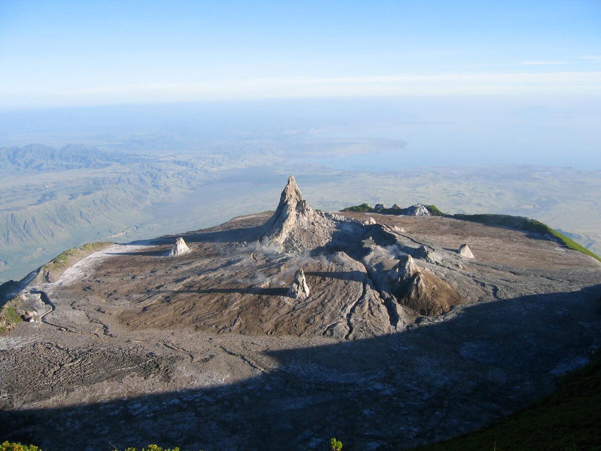 Kanári-szigetek-nyaralás-vulkánok-túra-el-hiero-viasale-travel-7