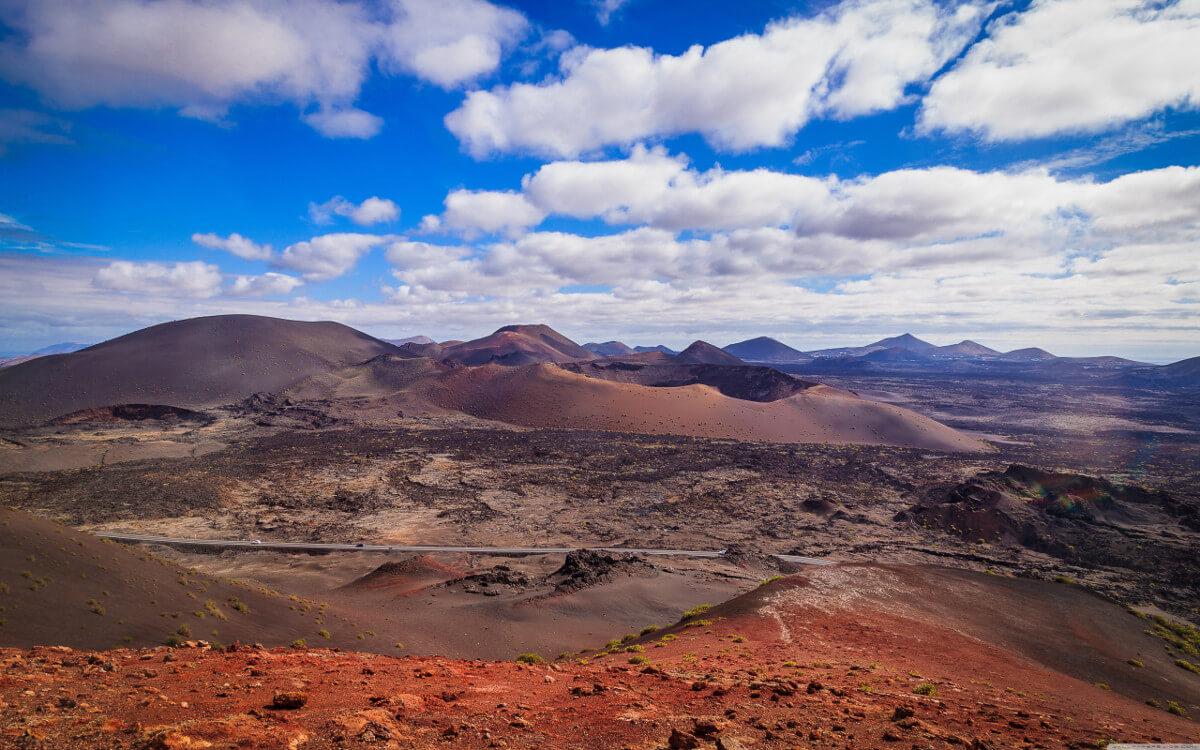 Kanári-szigetek-nyaralás-vulkánok-túra-lanzarote-viasale-travel-7