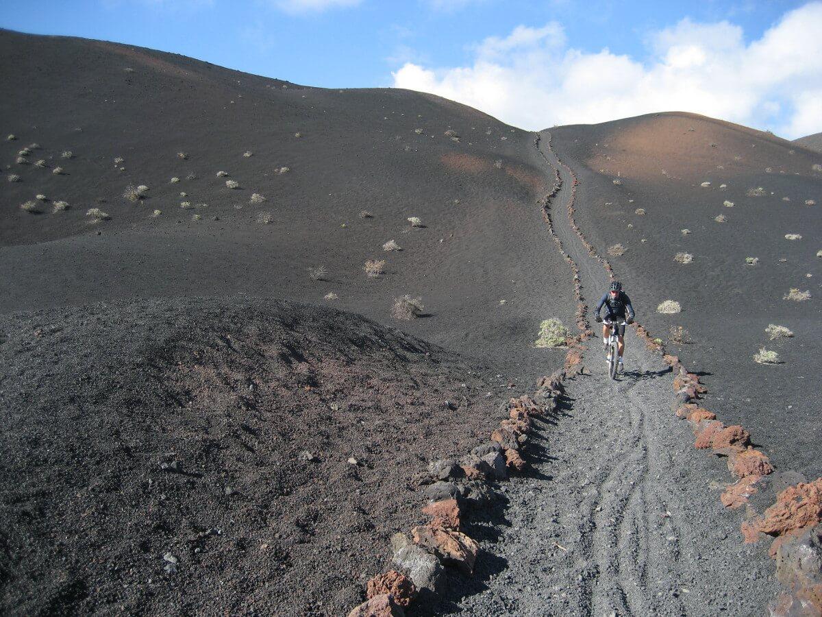 Kanári-szigetek-utazás-vulkánok-túra-el-la-palma-viasale-travel-5