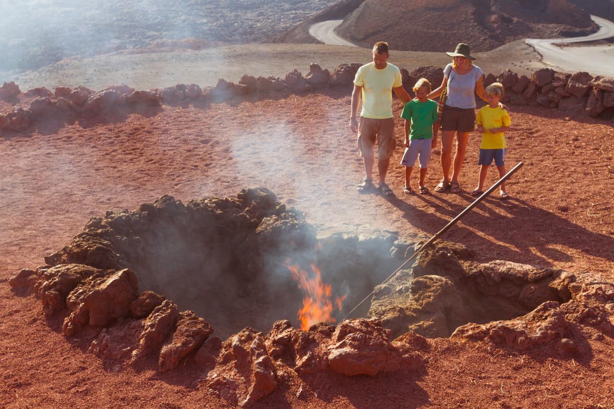 Timanfaya National Park Lanzarote kanári szigetek nyaralás viasale travel