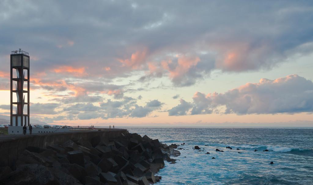 puerto-de-la-cruz-tenerife-kanári-szigetek-utazás-világítótorony