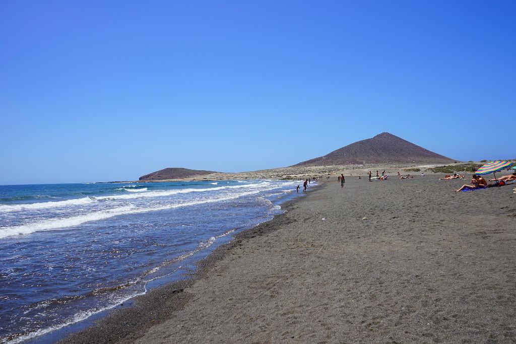 playa-medano-tenerife-kanári-szigetek-viasale-travel-5-legjobb-gyerekes-strand