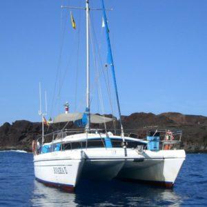 Hajókirandulas-balnales-katamaran