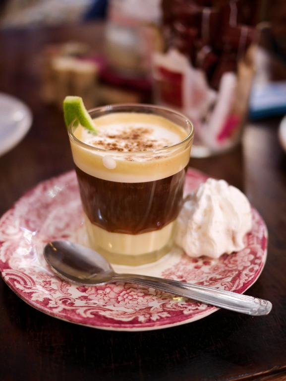 Kóstoljon-bele-Kanári-szigeteki-kávéhatározo-Asiatico