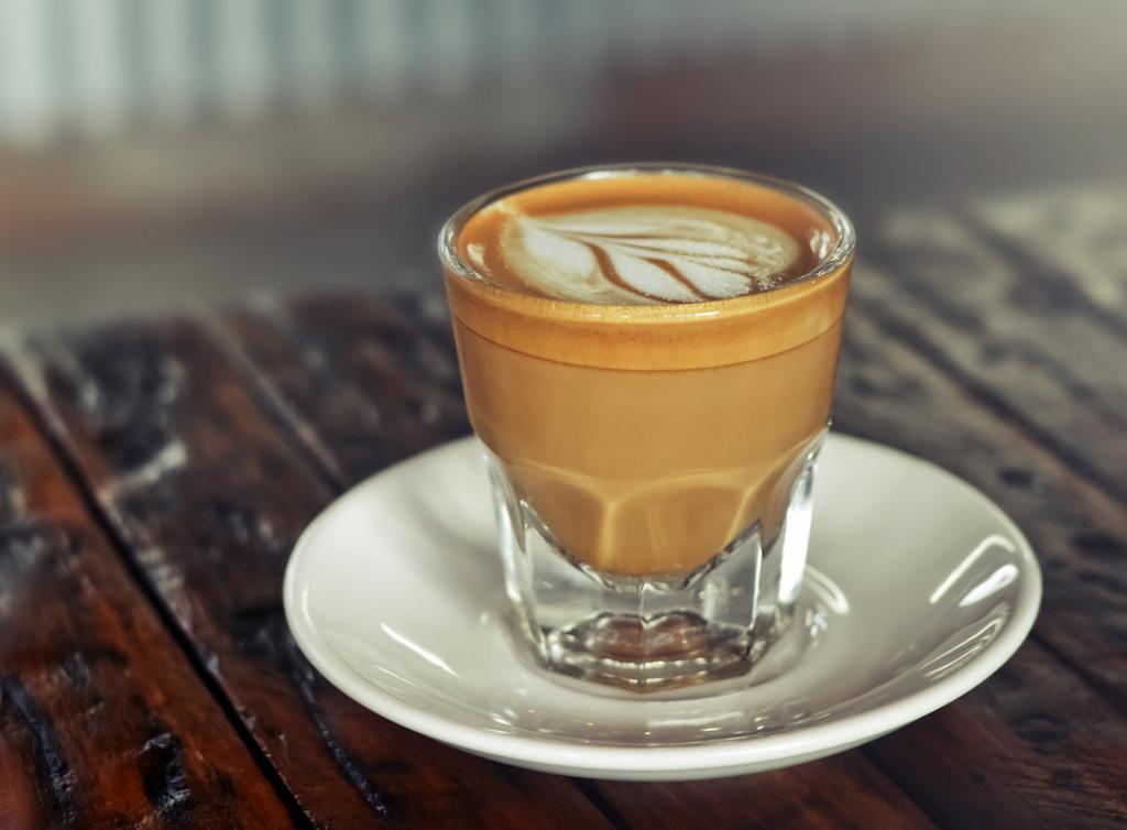 Kóstoljon-bele-Kanári-szigeteki-kávéhatározo-cortado