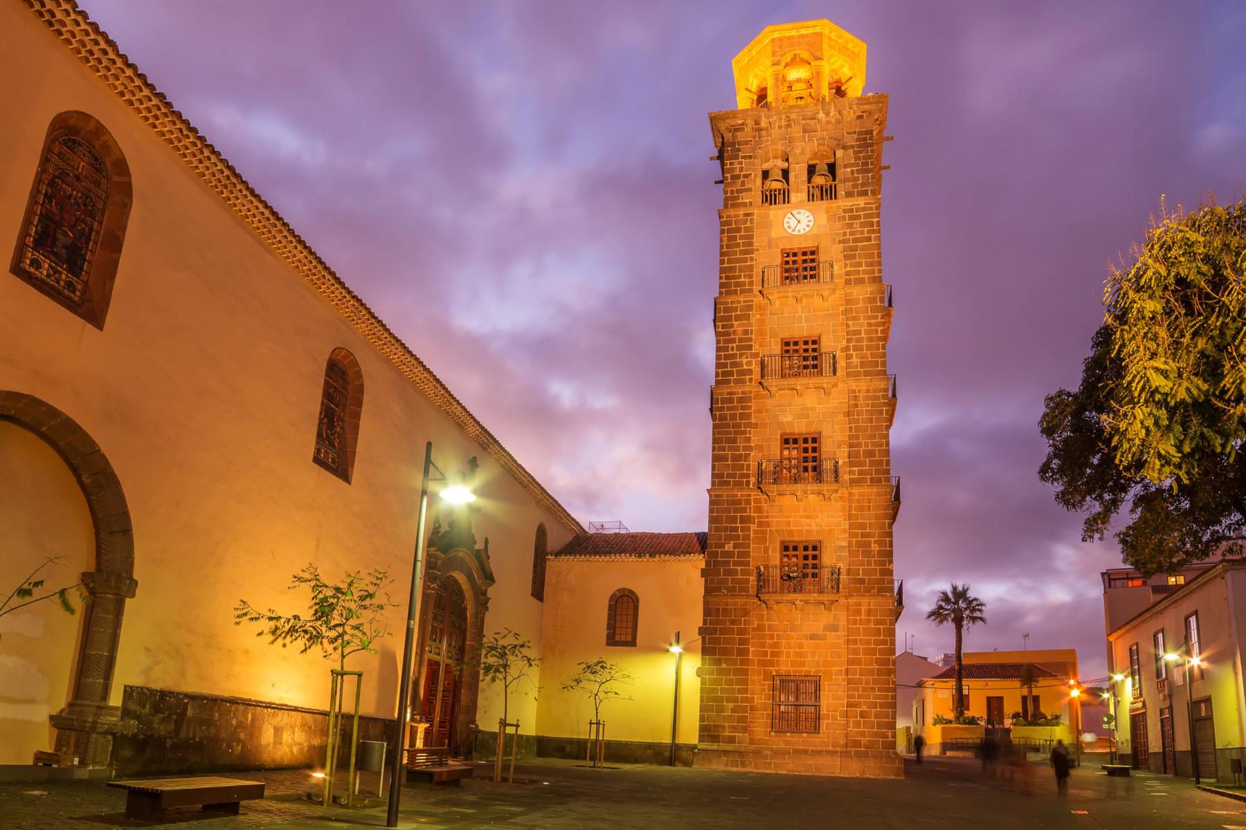 8-Történelmi-épületek