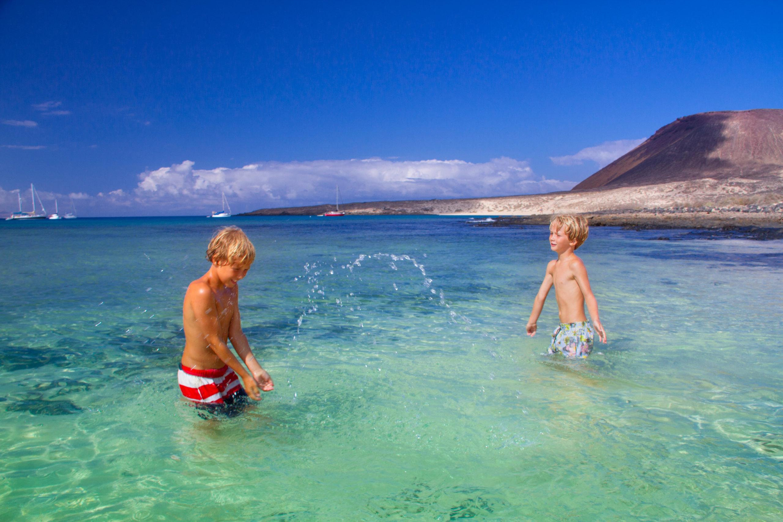 Kanári-szigetek-családi-nyaralás-pihenés-Tenerife-Gran-Canaria-Fuerteventura-2-scaled.jpg