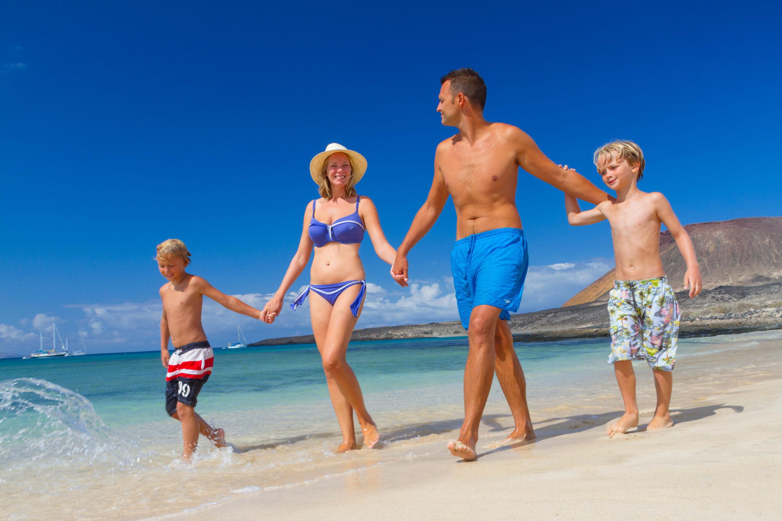 Kanári-szigetek-családi-nyaralás-pihenés-Tenerife-Gran-Canaria-Fuerteventura-3-scaled.jpg